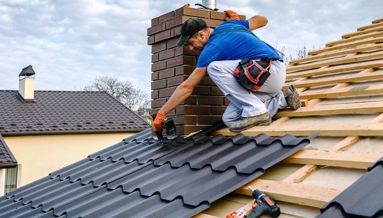 Should You Repair Your Roof Or Reroof?